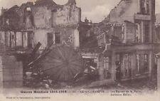 CPA  --  SAINT QUENTIN  LES RUINES DE LA POSTE   ECRITE EN 1921   845.C