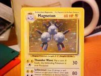 POKEMON: 1X MAGNETON 9/102 - HOLO RARE CARD BASE SET UNLIMITED - NM