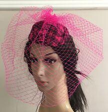 Feltro rosa caldo MINI pillola casella cappello velo da sposa Fascinator Con  Velo francese RACE 8067544fa15c