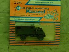 Roco Minitanks / (NEW) 1/87 Modern German Unimog Ambulance Truck Lot #3122