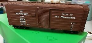 """River Raisin Models - Milwaukee Road Boxcar 40' 6"""" *BRASS* S-Scale"""
