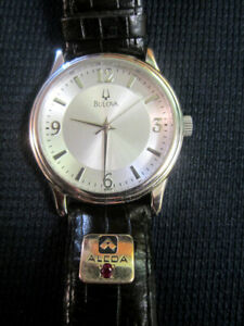 Bulova Men's Watch w/ leather band - alcoa+ruby? Runs great