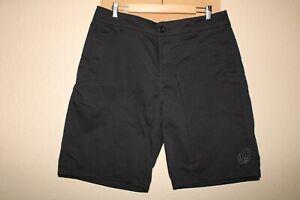 "METAL MULISHA Mens 36"" Waist black shorts Combine ship Discount"