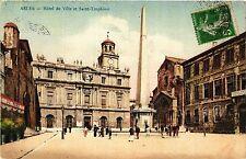 CPA ARLES Hotel de Ville et Saint Trophime (339967)