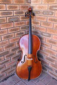 Cello 4/4 Gliga III almost new for sale