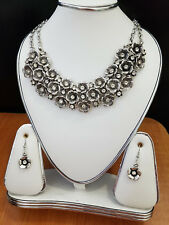 silver color simulated diamond crystal look style necklace earring set for woman