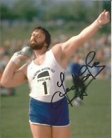 10 x 8  hand signed photo - GEOFF CAPES  - AFTAL COA  - undedicated