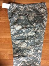 PANTS, ARMY COMBAT UNIFORM DIGITAL CAMO NEW WITH TAGS SIZE MEDIUM-LONG