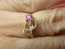 BEAUTIFUL SOLID 10K YELLOW GOLD GENUINE RUBY AND DIAMOND RING 5 3/4 LOT 1171