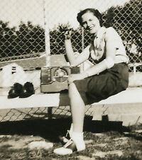 VINTAGE FUNNY UNUSUAL BRUNETTE PIPE RADIO SHOES SOCK HOP BASEBALL BENCH PHOTO