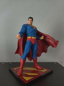 Kotobukiya DC Comics 1/6 Superman Artfx+ Statue Man of Tomorrow
