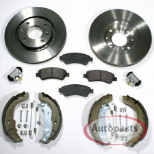Peugeot 207 - Bremsscheiben Bremsbeläge vorne Bremsbacken Zubehör Satz hinten