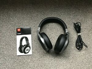 JBL E50BT SYNCHROS BLUETOOTH OVER-THE-EAR FOLDABLE HEADPHONES + CHARGER CABLE