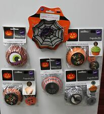 HALLOWEEN BAKING CUP & COOKIE CUTTER SET Wilton Party Bake Sale Cupcake Lot NEW