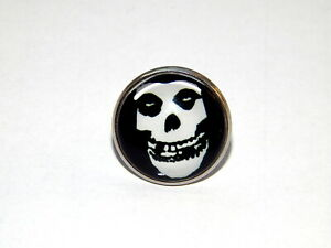 Misfits Crimson Skull Lapel Pin jewelry Crimson Ghost horror punk band Misfits