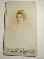 Berlin - 1900 - junge Frau im Kleid - benannt: Meisl Gänscher ? - Portrait / CDV