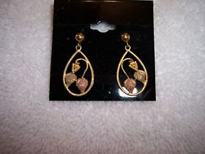 10K Black Hills Gold Dangle Earrings Grape Pattern Fancy!