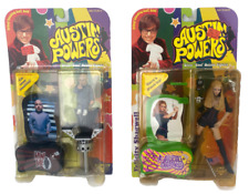 Set of 2 Austin Powers Action Figures Felicity Shagwell and Mini-Me 1999
