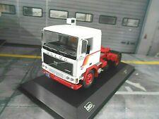 VOLVO LKW Truck F10 weiss rot white red 1983 Zugmaschine NEU IXO 1:43