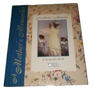 A Mother's Memories A Keepsake Book Precious Moments vintage 1997 Mother's