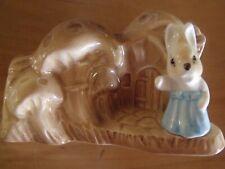 Vintage collectable sylvac Mrs bunny rabbit posy vase