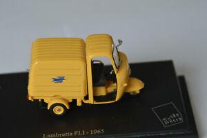 Miniatures 1:43-Musée de la Poste. Lambretta FLI -1965, sur socle.