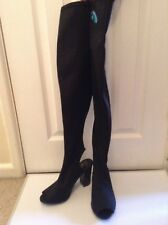 Over The Knee high boots size 6 BNWT
