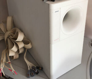 Bose Acoustimass 10 Series - White subwoofer With Sub Cable And Connectors
