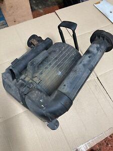 Volkswagen transporter T4 Air Filter Box Vw 074129618a