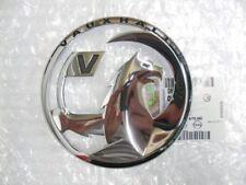Vauxhall ASTRA J 3 PORTE ANTERIORE SUPERIORE griglia Badge 13264591 AUTENTICO NUOVO 2010-2015