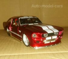 FORD MUSTANG GT AMERICAN MUSCLE CAR IN 1/24 SCALE WITH OPENING FEATURES.