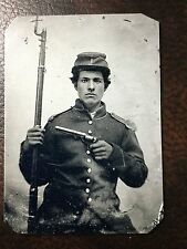 civil war Military Soldier With Rifle & Gun tintype C256RP