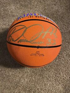 karl malone signed basketball With Certificate Of authenticity  Utah Jazz