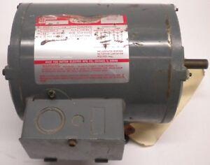 DAYTON 3N349D MOTOR, 1/4 HP, 230/460 VOLTS, 3 PHASE, 1725/1425 RPM, 48 FRAME