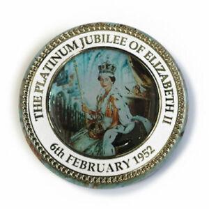 Queen Elizabeth Platinum Jubilee - Button Badge - 25mm 1 inch