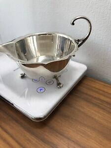 Fully Stamped Pretty Solid Silver English Sauce Server Weighs 71g