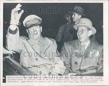 1951 NYC Mayor Vincent Impellitteri & General Douglas MacArthur Press Photo