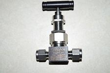 Swagelok 1/4 in. Severe Service Union Bonnet Needle Valve,(SS-3NBS4-G)