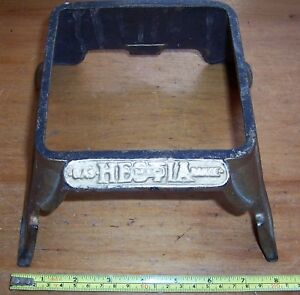 "Vintage Hestia metal stand base 4"" tall stove base? Ideal planter pot base etc"