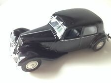CITROEN 11 BL 1/43 IXO LEGENDARY VOITURE CAR AUTO  RU90
