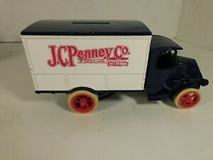 ERTL Die-Cast Metal JCPenny's 1925 Mack Delivery Truck Bank w/ Key - MINT