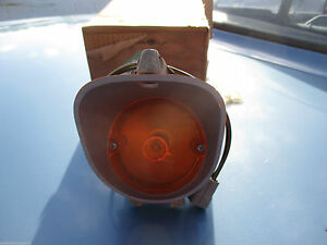 Mopar NOS 1972 Plymouth Road Runner GTX FRT LH or RH Park  Signal ASSY 3587480
