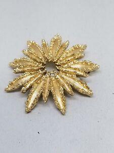 AVON Fantastic Fireworks Looking Gold Tone Vintage Brooch Pin