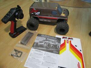 Kyosho *****MAD VAN***** FAZER MK2 1:10 4WD Monster Truck