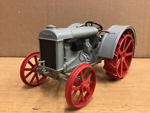 1/16 scale Danbury mint 1927 Fordson F Tractor Traktor tracteur