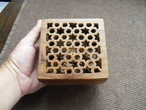 Vintage Carved Lidded Wood Box Jewellery /Trinkets /Potpourri /Desk Tidy