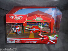 Disney Pixar PLANES 2013 EL CHUPACABRA Pit Row Gift Pack w/ Pitty & Tent