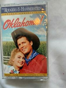 OKLAHOMA - CASSETTE TAPE - MOTION PICTURE SOUNDTRACK - ROGERS & HAMMERSTEIN NEW