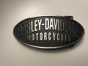 Harley-Davidson men's classic belt buckle.#97880-08VM.Brushed nickel w/ black.