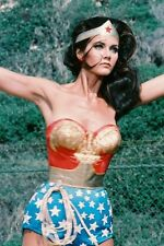 Lynda Carter Wonder Woman 11x17 Mini Poster in costume arms outstretched